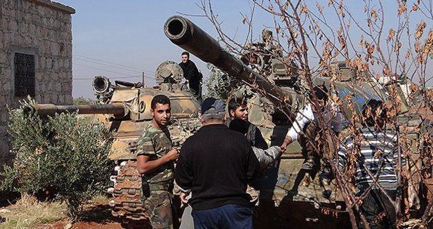 Halep'te 22 Suriye askeri öldürüldü