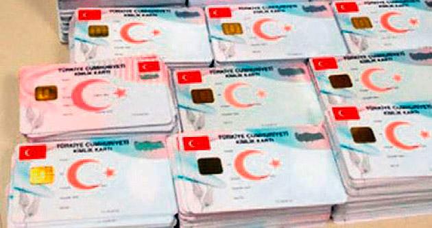 Yeni Türkiye'nin 'kimlik' sancısı