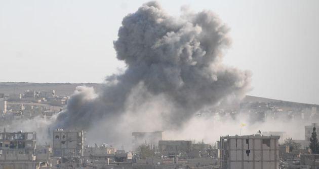 IŞİD mevzilerine bomba yağdı