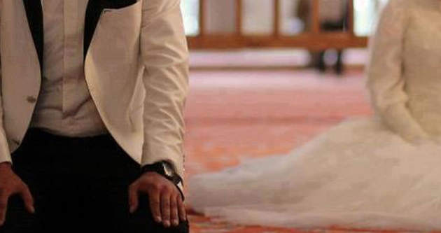 Resmi nikah camide kıyılsın tartışması