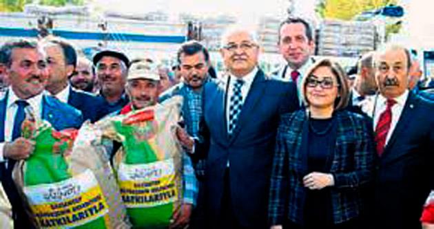 Belediyeden çiftçiye tohum desteği
