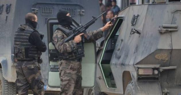 Diyarbakır'da astsubaya silahlı saldırı