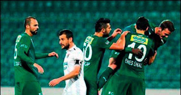 Bursa iki golle turladı