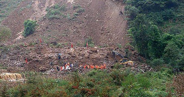 Sri Lanka'daki toprak kayması