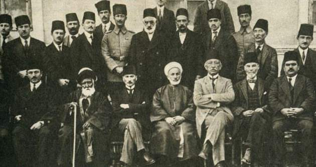 Andrew Mango'dan: Cumhuriyet döneminde Atatürk ve Kürtler