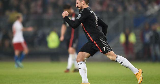 Hamburg, Ribery'den özür diledi