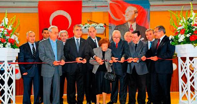 İzmir'de eğitime destek sürüyor