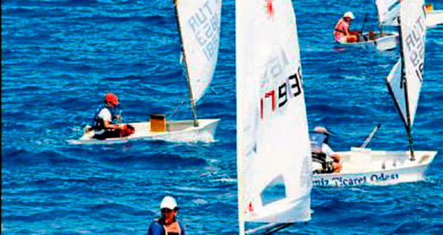 Yelken yarışları Akdeniz'e yakıştı