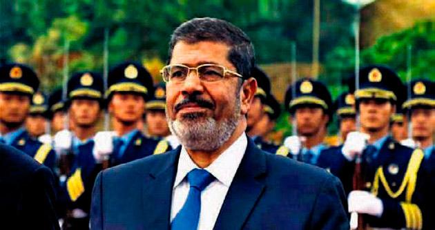 Mursi'ye yanlış istihbarat verdik diyen askere 1 yıl hapis cezası