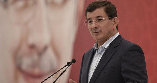 Davutoğlu'ndan Tarhan'a destek
