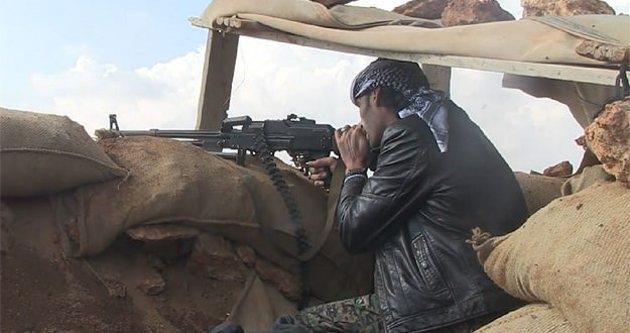 Kürt gruplar IŞİD mevzilerine ağır silahlarla saldırdı