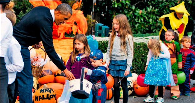 Beyaz Saray'da 'Cadılar' geçidi