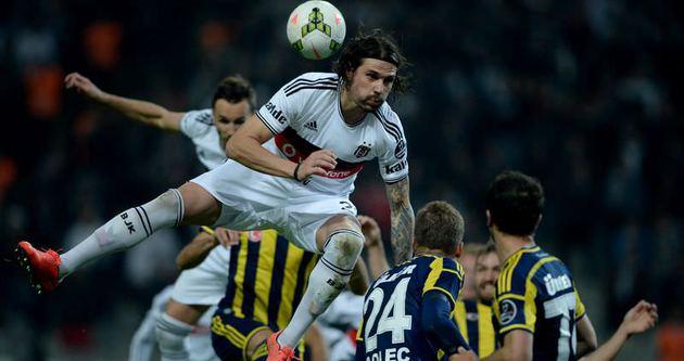 Fenerbahçe zirveye çıktı
