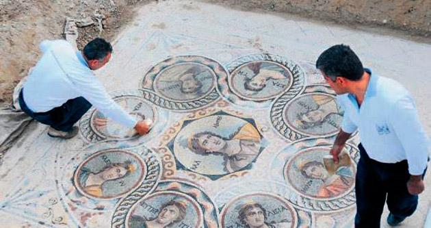 Zeugma'da üç yeni mozaik ortaya çıktı