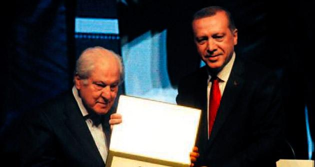 Yeni Türkiye'de Necip Fazıl izi var