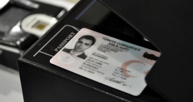 Yeni çipli kimlik kartlarının basımı başladı