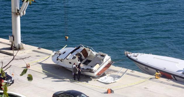 Mültecileri ölüme götüren tekne denizden çıkartıldı
