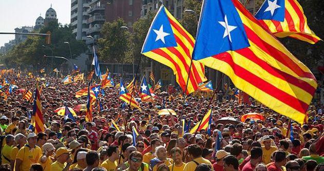 Özerk Katalonya, İspanya'ya meydan okudu