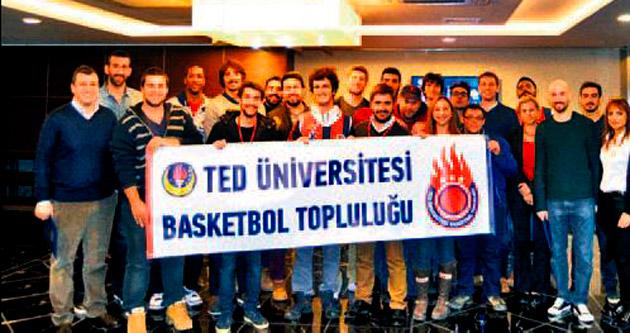 Rönesans TED Ankara Kolejliler üniversiteli öğrencilerle buluştu