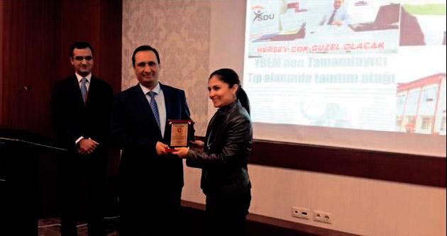 YBEM Müdürü başarı ödülü aldı