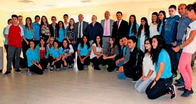 Alman gençler Antalya'yı gezdi