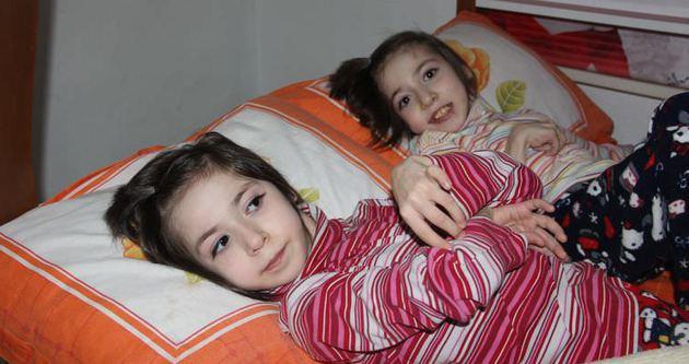 İkizlerin dramı yürek burkuyor
