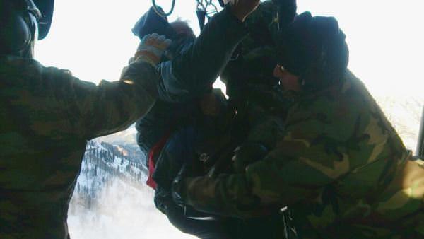 Rize'de 6 gündür mahsur kalan 3 kişi kurtarıldı