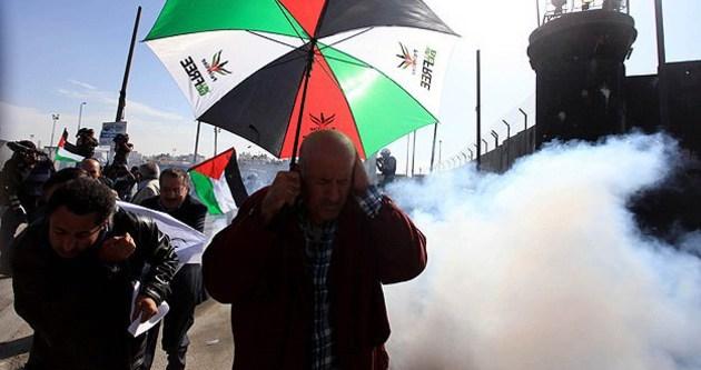 İsrail'den gazlı müdahale