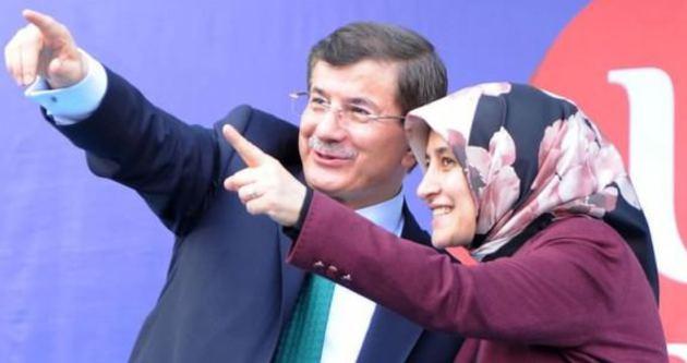 Eşinden Başbakan Davutoğlu'na büyük jest