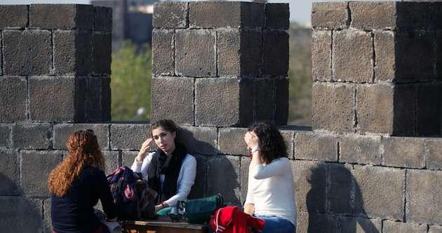 Diyarbakır'ın 7 bin yıllık Keçi Burcu'na büyük ilgi