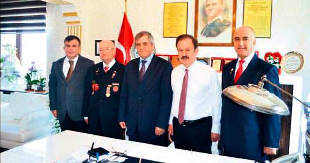 'Korsavaş'tan Turgut'a ziyaret
