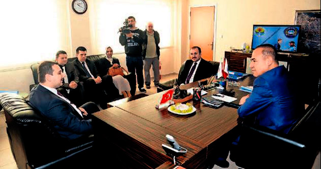 Makedonya'nın Türk vekili Başkan Sözlü'yü ziyaret etti