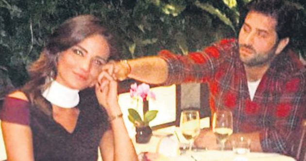 Açelya Samyeli Danoğlu'na romantik sürpriz