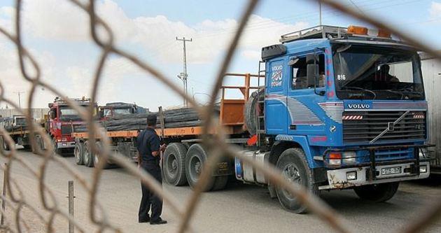Gazze'ye inşaat malzemelerinin geçişi başladı