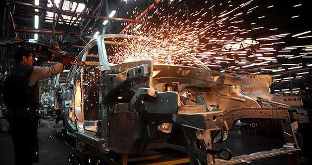 Sanayi üretimi yüzde 2,2 arttı