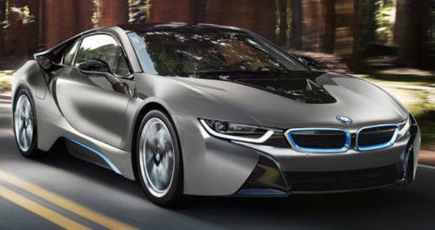 BMW, sokak lambasıyla araba şarj edecek