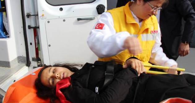 10 Kasım töreninde öğrenciler platformdan düştü