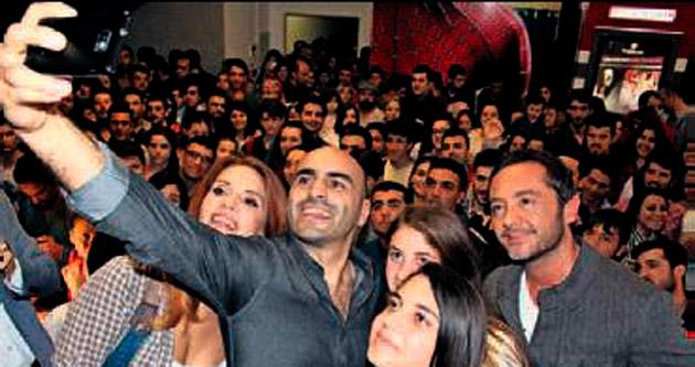 Olur Olur filmine Antalya galası