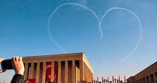 Ankaralılar Ata'ya koştu