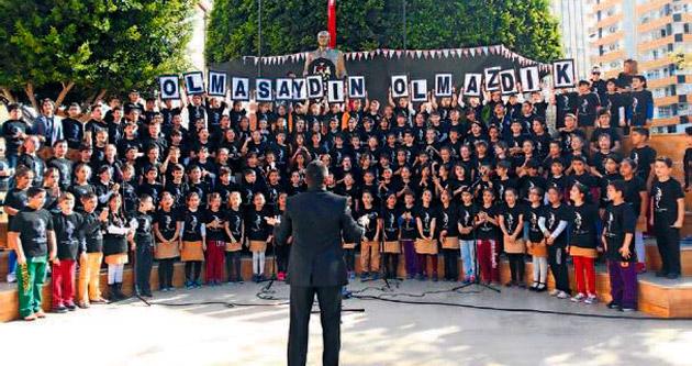 Gündoğdu'da 10 Kasım töreni