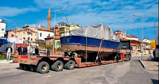 Deniz Kuvvetleri'nden Eğirdir'e tekne