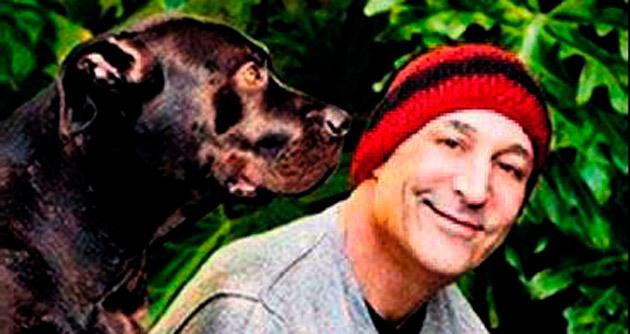 Ünlü yapımcı servetini hayvanlara bağışladı