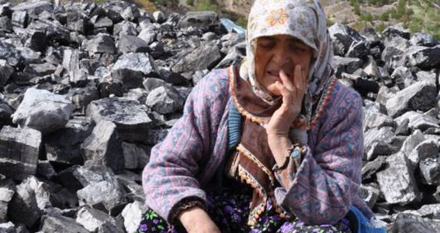 Madenci annesi: 'Ne olurdu bir dilim ekmeği dışarıda yeseydi'