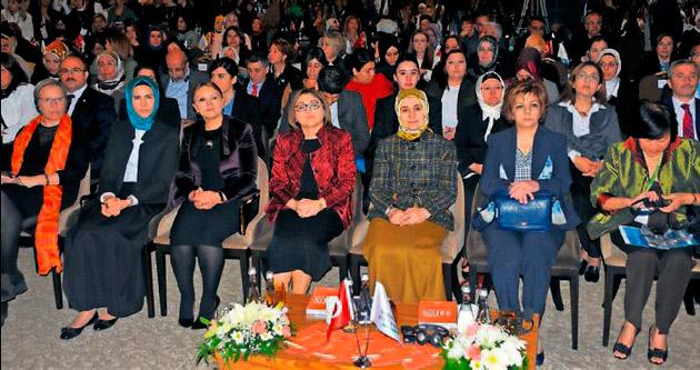 Mülteci kadınlar sorunu Gaziantep'te tartışıldı