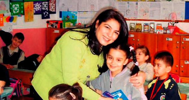 Öğretmenin ölümünü çocuklardan sakladılar