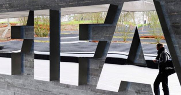 FIFA, Katar ve Rusya'yı akladı