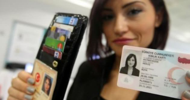 Yeni yılda 25 milyon kişiye elektronik kimlik