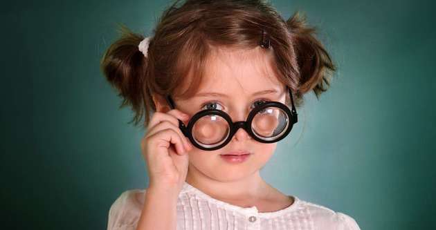 Çocuklarda hatalı gözlük camlarına dikkat