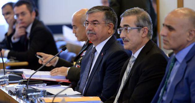 CHP ve MHP komisyonu terk etti