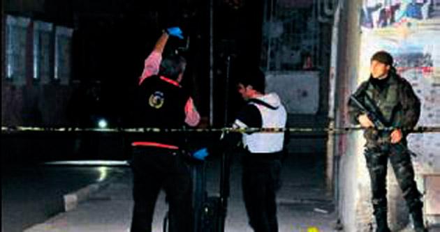Kavgaya müdahale eden polis ağır yaralandı